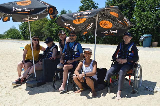 Les patients du Centre MPR ont fait une initiation au ski nautique dans le cadre des séances d'activité physique adaptée.