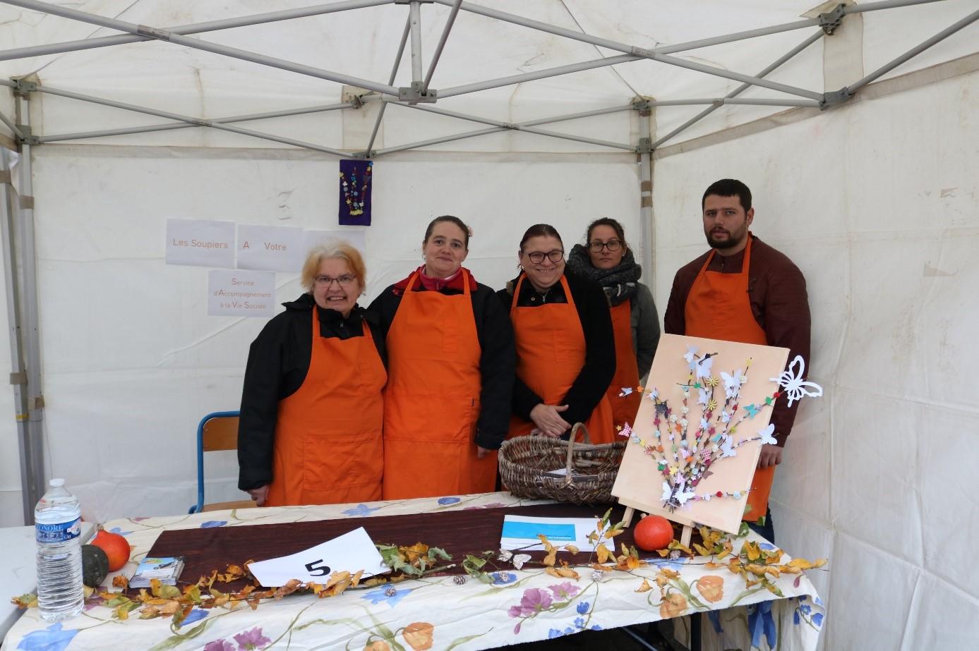 L'équipe de cuisinier du Log'Ac SAVS